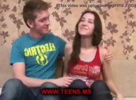 حلوة يوروزكس في سن المراهقة تمتص لها ستيباد قرنية هنا