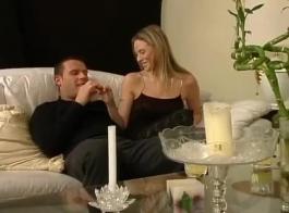 سكس زوجات يخبن القضيب