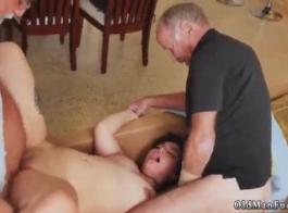 ثلاثة في سن المراهقة الهواة سيئة الجنس الفيديو