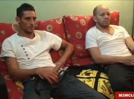 ثلاث جوك قرنية مارس الجنس في الهرات الخاصة بهم من قبل فاتنة قرنية