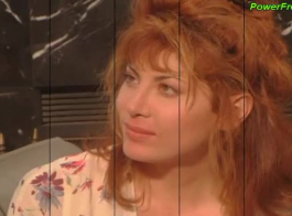أحمر الشعر مثير، سانن مون يحب أن يكون مارس الجنس من الصعب، حتى تبدأ يئن من المتعة.
